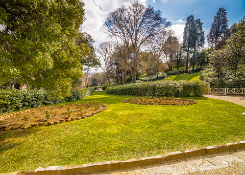 Wander the delights of the Bardini Gardens